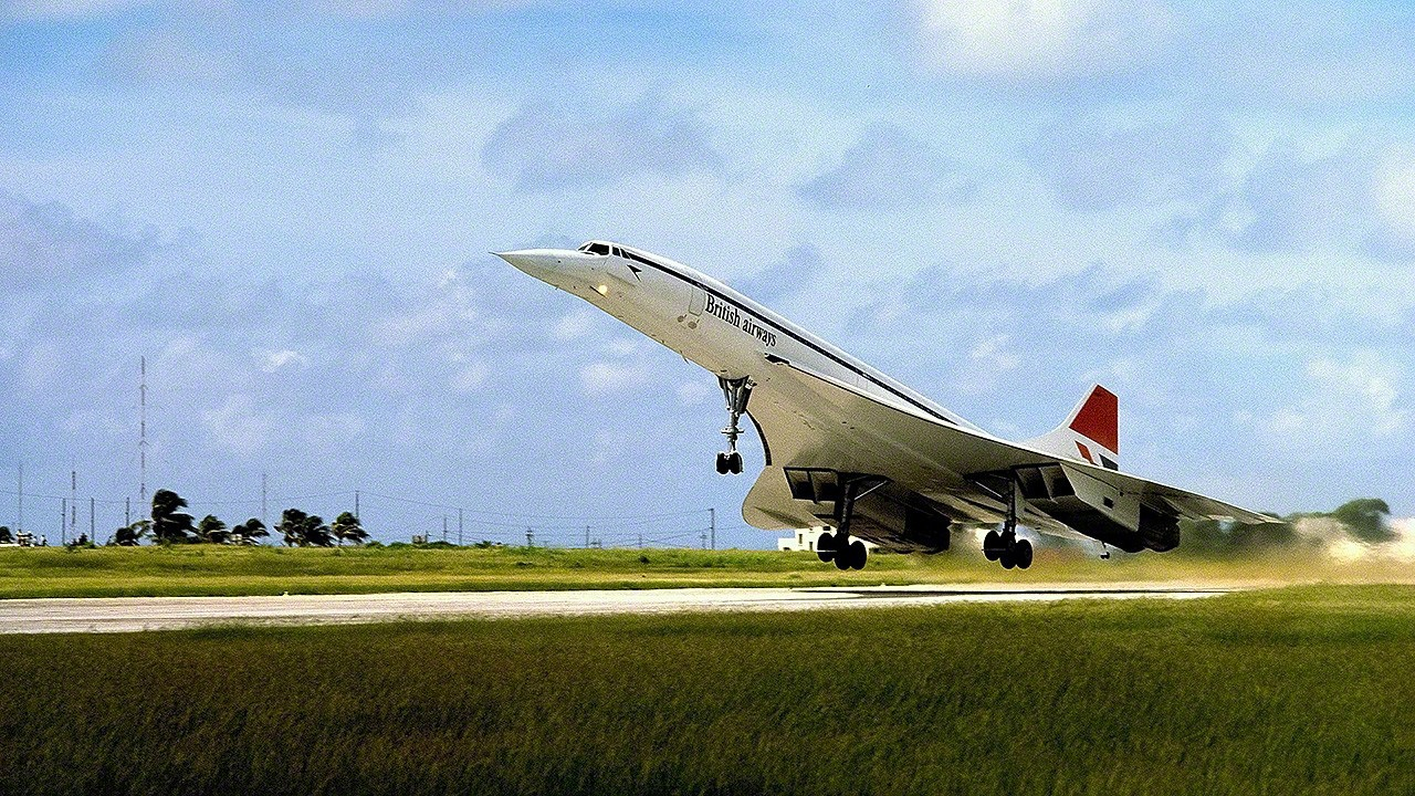 09-queen-elizabeth-silver-jubilee-first-flight-concorde-BOAE-1977